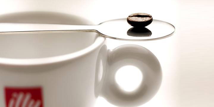 С какво да сервирате iperEspresso кафе - illy cafe - Б.В.ЛИНК онлайн магазин